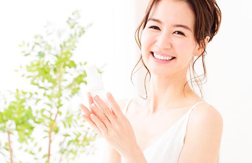 肌の保湿について!化粧水とオイルの選び方と使い方のコツは?