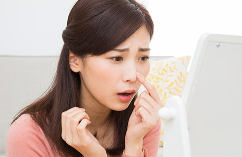 顔の乾燥の原因は間違ったケアってホント?