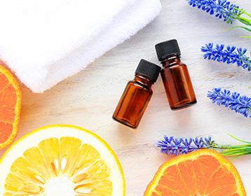 フレグランスオイルは香水と同じもの?特徴や使い方は?