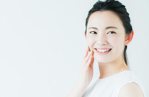 脂性肌のべたつきをおさえる化粧水の使い方とスキンケアの3つの注意点!