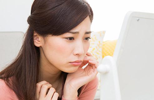 顔の乾燥対策!自宅と外出先でできるケアと予防法
