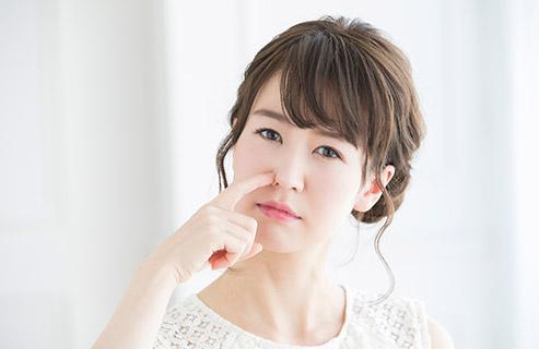 乾燥肌なのにどうして毛穴が目立つ?タイプ別の原因と対処法