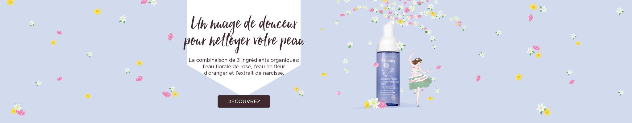 un nuage de douceur pour netoyer votre peau, une combinaision de 3 ingérdinets organiques: eau florale de rose, eau de fleur d
