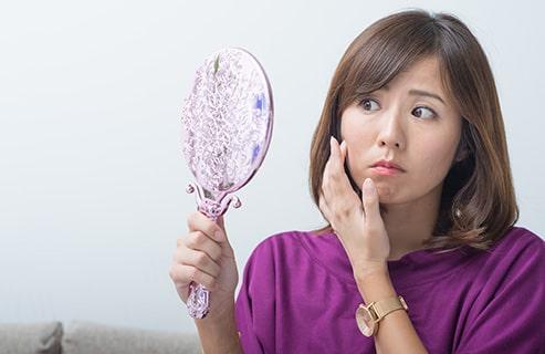 40代は肌に大きな変化が?たるみ対策は化粧水を浸透させることから