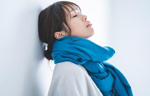 冬は特に注意が必要!顔の乾燥が気になる原因と予防方法